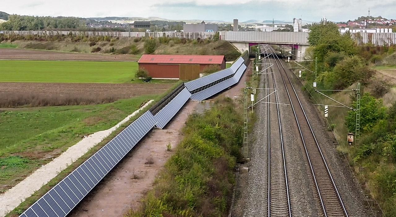 naturawall mit Photovoltaik Stadt Lichtenfels